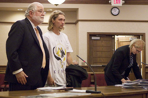 Miley Cyrus' homeless VMAs date Jesse Helt appears in court in Dallas, Oregon
