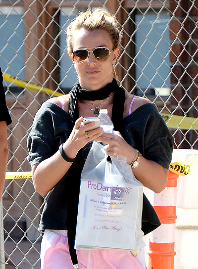 Britney Spears leaving ProDerm Image Cosmetic Dermatology****NO DAILY MAIL SALES****