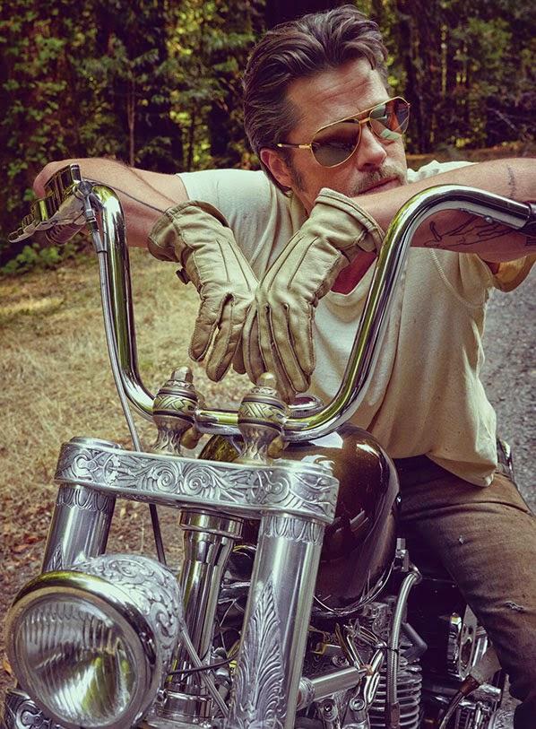 brad-pitt-motorcycle-shades