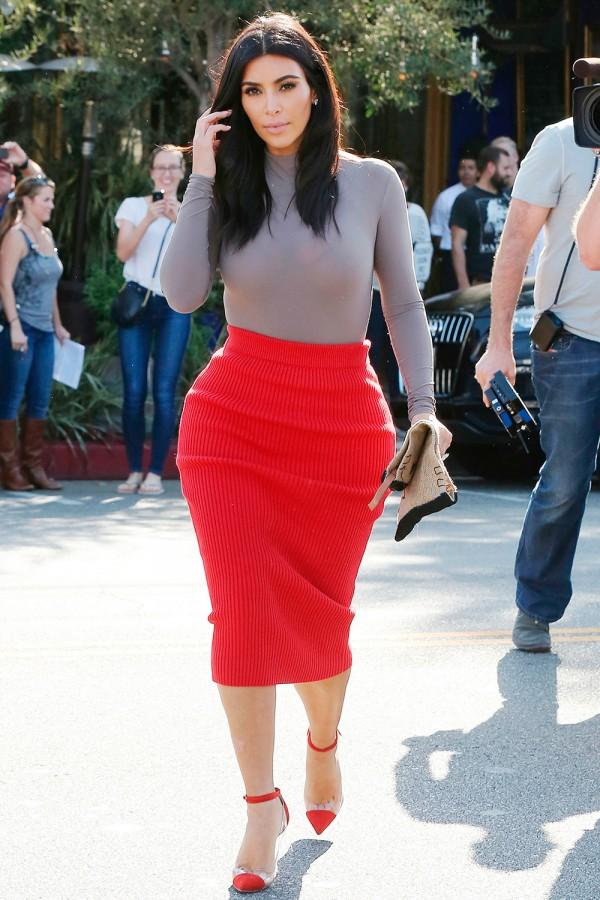 Crop-Kim-Kardashian-Pregnant