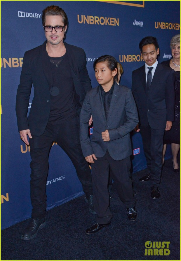 brad-pitt-brings-family-to-unbroken-hollywood-premiere-18