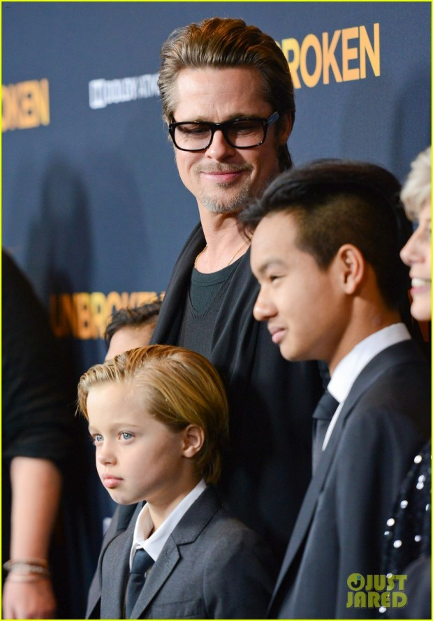 brad-pitt-brings-family-to-unbroken-hollywood-premiere-27