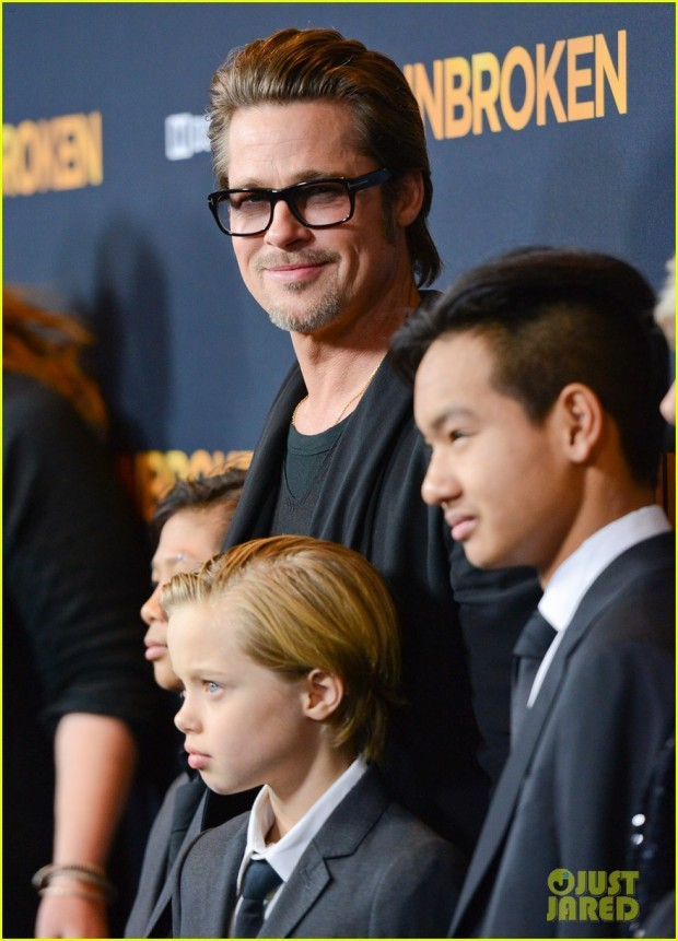 brad-pitt-brings-family-to-unbroken-hollywood-premiere-16