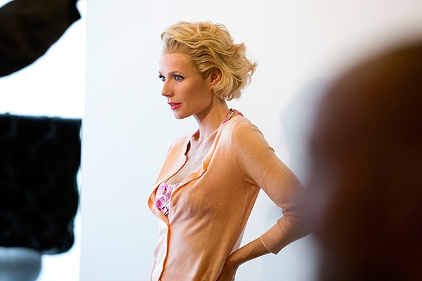 Gwyneth Paltrow gets Marilyn Monroe makeover for Max Factor