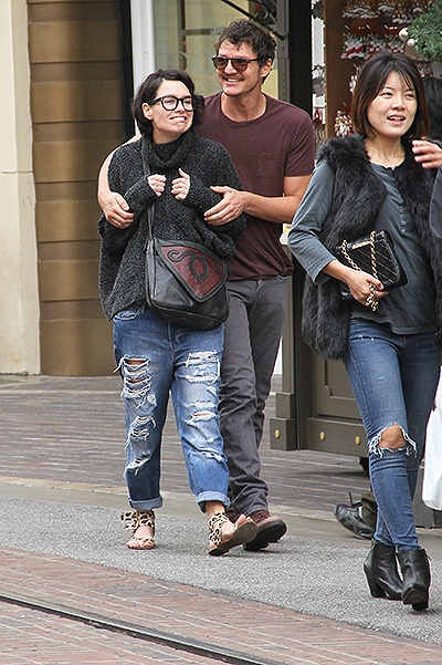 EXCLUSIVE Game of Thrones stars, Lena Headey and Pedro Pascal go shopping together at The Grove in Hollywood Featuring: Lena Headey, Pedro Pascal Where: Los Angeles, California, United States When: 11 Dec 2014 Credit: WENN.com