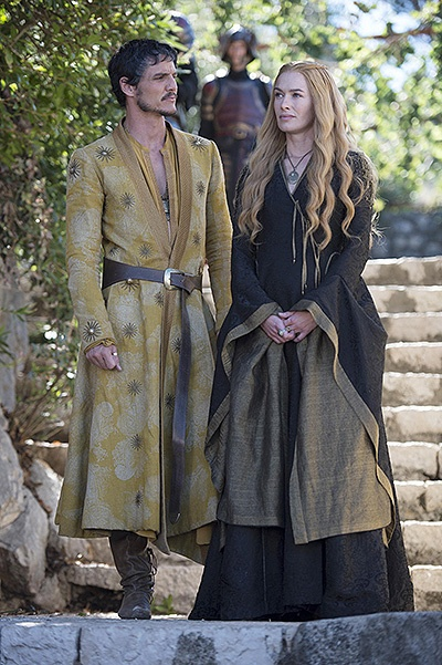 GAME OF THRONES, l-r: Pedro Pascal, Lena Headley in 'First of His Name' (Season 4, Episode 5, aired