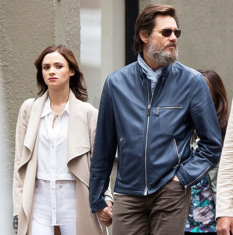 1444325134_cathriona-white-jim-carrey-lg