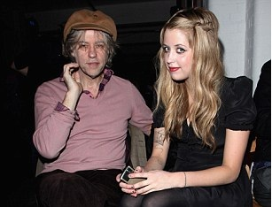 2EF1F70900000578-3340494-Heartbreak_Bob_Geldof_with_Peaches_in_2009-m-6_1448955817620