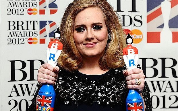 Адель лидирует в номинациях Brit Awards-2016