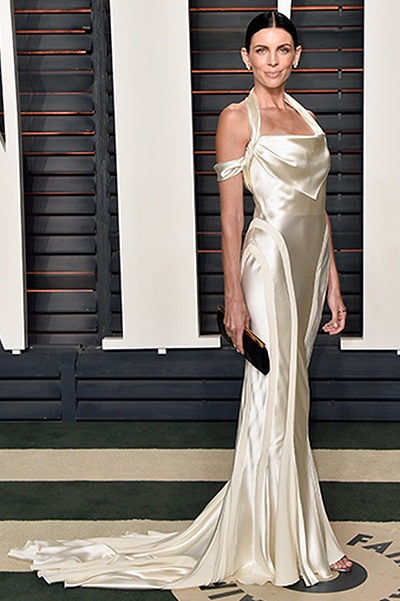 Либерти Росс надела свадебное платье на вечеринку - 1