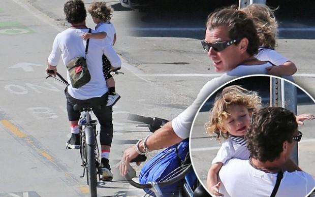 gavin-rossdale-gwen-stefani-divorce-baby-apollo-bike-no-helmet-seat