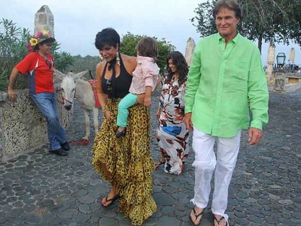 Брюс Дженнер с женой Крис и внуком Мэйсоном