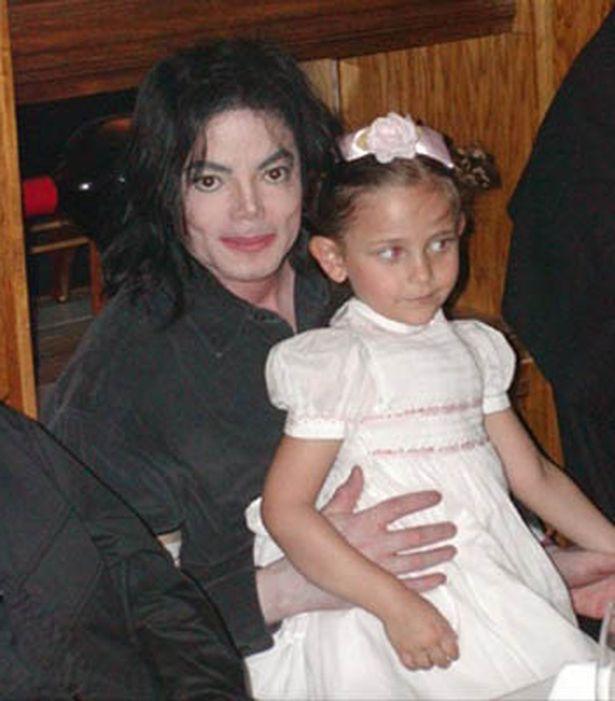 Michael-jackson-with-his-daughter-Paris-Michael-Katherine-Jackson
