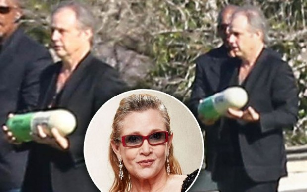 carrie-fisher-cremated-pill-pp