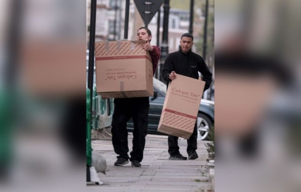 janet-jackson-london-home-moving-out-003