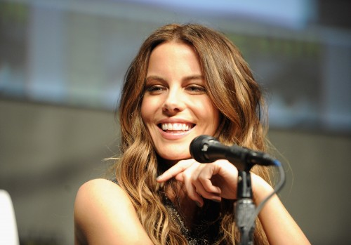 Kate_Beckinsale_Total-Recall-ComicCon2012_Vettri.Net-02[1]