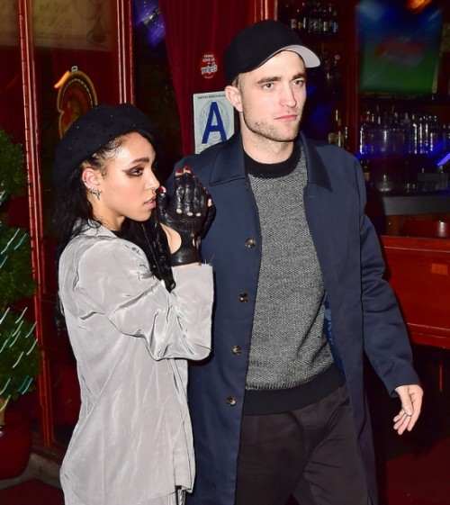 robert-pattinson-and-talia-barnett-7[1]