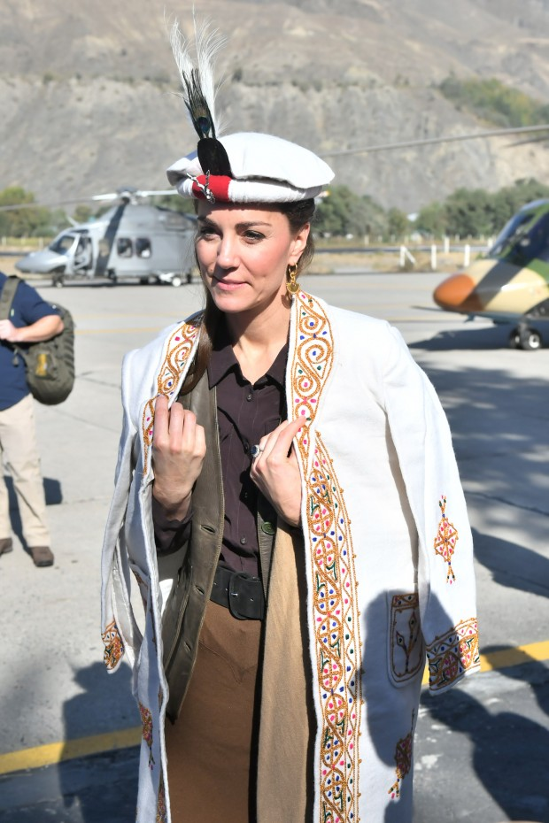 CHITRAL, PAKISTAN - OCTOBER 16: Prince William, Duke of Cambridge and Catherine, Duchess of Cambridge are welcomed as they arrive by helicopter on October 16, 2019 in Chitral, Pakistan. (Photo by Samir Hussein/WireImage)