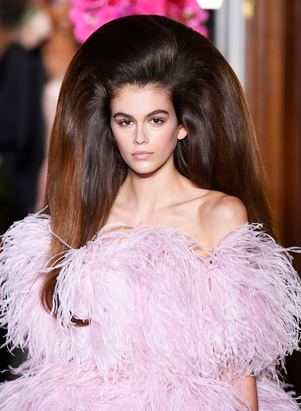 Mandatory Credit: Photo by WWD/REX/Shutterstock (9731965f) Kaia Gerber on the catwalk Valentino show, Runway, Fall Winter 2018, Haute Couture Fashion Week, Paris, France - 04 Jul 2018