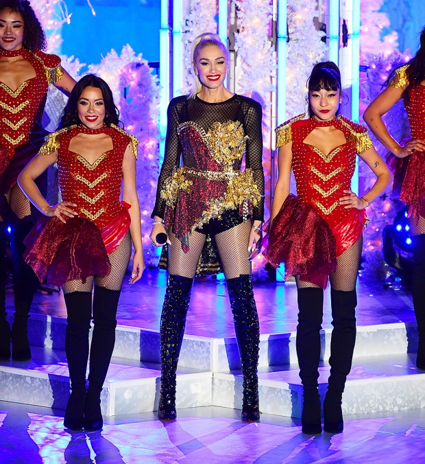 Gwen Stefani Performs At The Rockefeller Centre Tree Lighting Weeks Before It Is Set To Air On TV