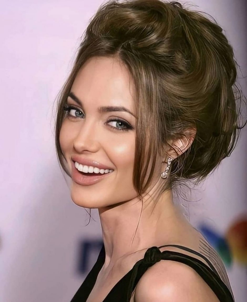 Анджелина Джоли: «Я была одна слишком долго!» - 1