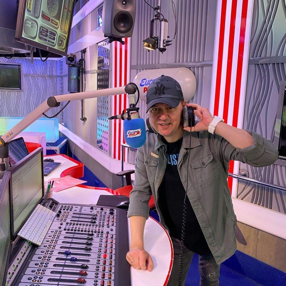 После 3 недель комы не стало известного радиоведущего Европы плюс Максима Рогачева - 1