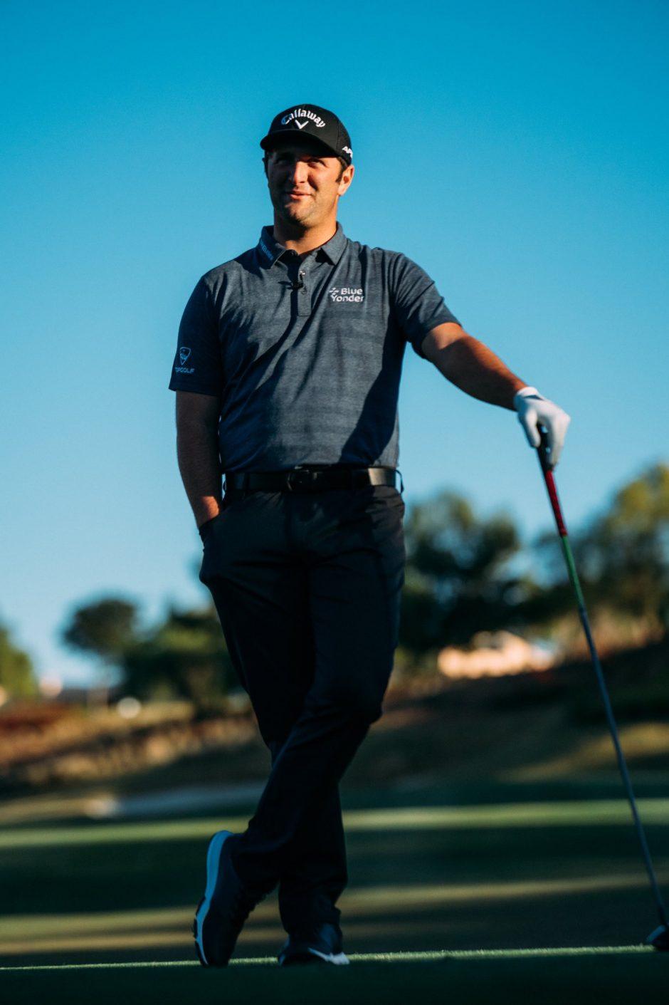 26-летнего гольфиста Джона Рама принудительно сняли с турнира из-за положительного теста на COVID-19 - 1