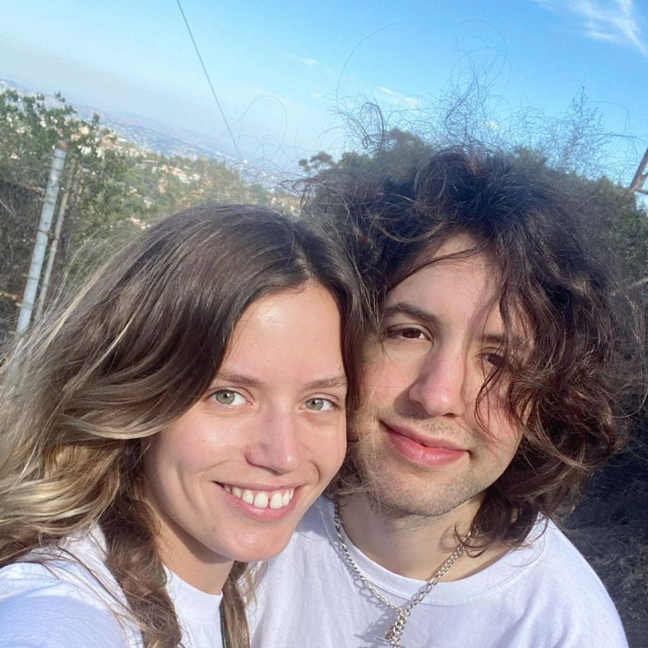 Сводные брат с сестрой, дети рок-музыканта Мика Джагера на отдыхе в Лос-Анджелесе - 2