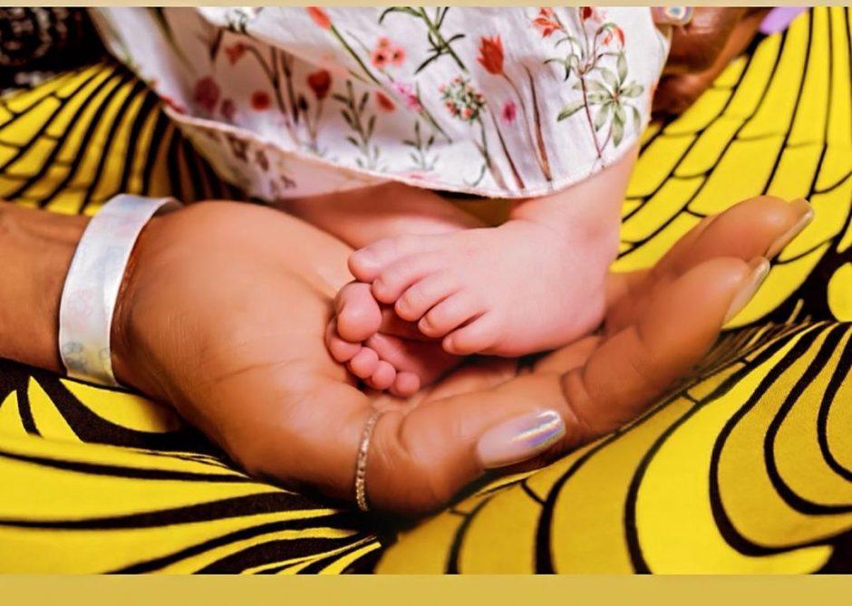 Наоми Кэмпбелл впервые была замечена на публике после рождения дочери - 1
