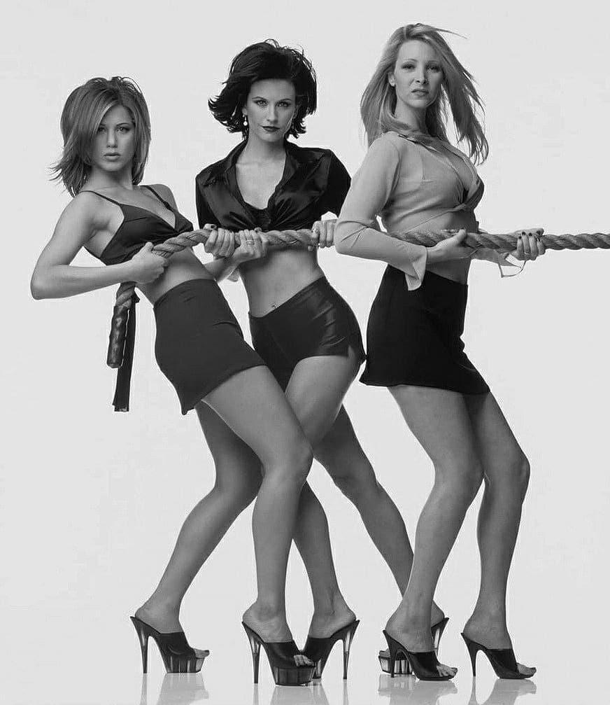 Дженнифер Энистон, Лиза Кудроу и Кортни Кокс праздновали вместе День Независимости - 3