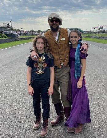 Джейсон Момоа с детьми на премьере фильма о Джеймсе Бонде - 1