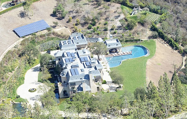 Tom Brady and Gisele Bundchen selling LA mansion for $50 million after four years building it