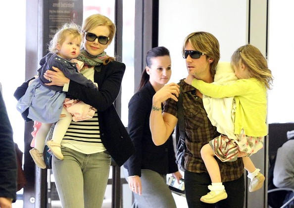 Nicole+Kidman+Keith+Urban+depart+sydney+airport+gBsSM68Qq7pl