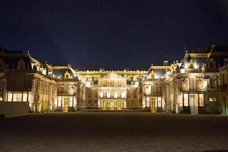 Versailles-night-inline