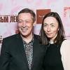 Михаил Ефремов обвенчался с женой после 15 лет брака