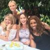 Шарлиз Тэрон организовала вечеринку для беременной Эмили Блант