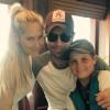 Анна Курникова опубликовала редкое фото с Энрике Иглесиасом