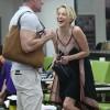 Шерон Стоун замечена с незнакомцем в салоне красоты