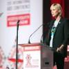 Шарлиз Тэрон призвала молодое поколение покончить с эпидемией СПИДа к 2030 году