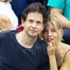 Сиенна Миллер встречается с режиссёром Беннетом Миллером