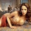 Индийскую актрису избили в Париже рядом с домом, где ограбили Ким Кардашьян