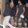 Бойфренд Бритни Спирс носит её сумку
