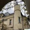 Максим Галкин провел экскурсию по замку в Грязи