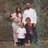 Семейное фото Ким Кардашьян и Канье Уэста