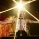 Новый кричащий образ Майли Сайрус во время саундчека на концерте