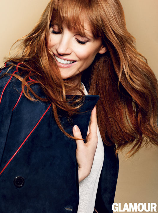 jessica-chastain-navy-coat-h724