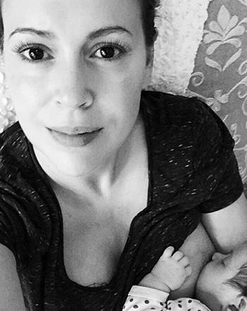 1417731777_alyssa-breastfeeding-441
