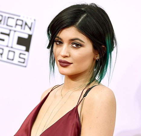 1418391829_kylie-jenner-article