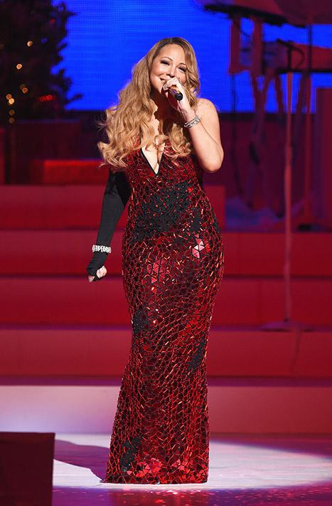 mariah-carey-singing-inline