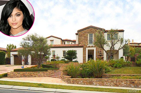 1424826433_kylie-jenner-house-article